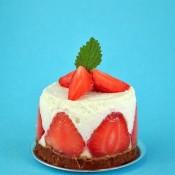Jahodové nepečené dortíky