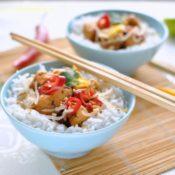 Thajské kuřecí maso s koriandrem a čili