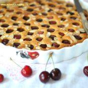 Mandlový koláč s třešněmi – bez mouky