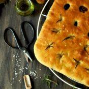 Focaccia… se sardelovým máslem